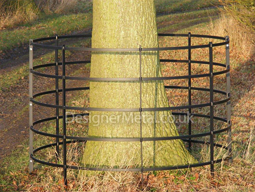 Hoop and post tree guard