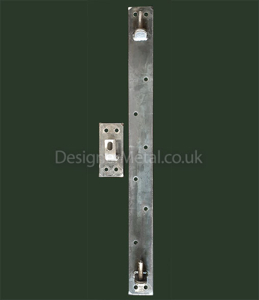 Hinge and latch plate for fixing to wooden posts or masonry