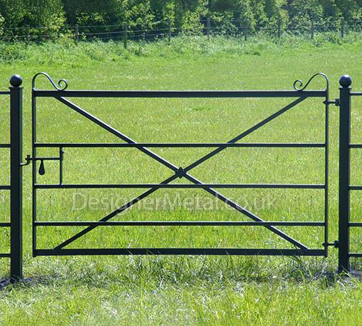 2 metre (6 foot) metal field gate