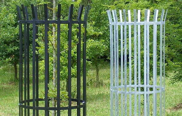 We offer metal tree guards in a range of sizes.